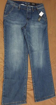 Check out NWT Apt 9 Trouser fit slimming jeans size 14 #Apt9 #trouser http://www.ebay.com/itm/NWT-Apt-9-Trouser-fit-slimming-jeans-size-14-/262937102556?roken=cUgayN&soutkn=kp2WDM via @eBay