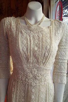 Livia Firth's Oscar dress (Vogue.com UK)