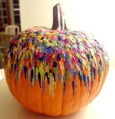DIY melted crayon pumpkin! Cooool.