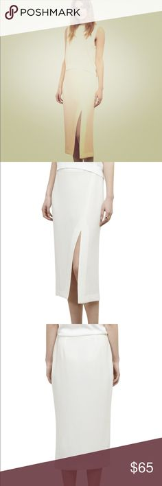 Kenneth Cole white crepe midi skirt Kenneth Cole white crepe fabric midi skirt. Never worn.. Kenneth Cole Skirts Midi