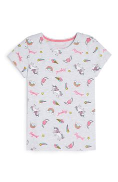 Older Girl Unicorn T-Shirt Buy Gift Cards, New Outfits, Fashion News, Unicorn, Mens Tops, T Shirt, Amazing, Women