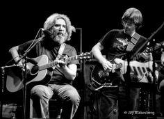 10.13.80 Grateful Dead - Jerry Garcia, Phil Lesh, The Warfield, SF