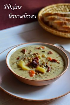 Pikáns lencseleves Baby Food Recipes, Soup Recipes, Diet Recipes, Cooking Recipes, Good Food, Yummy Food, Hungarian Recipes, Hungarian Food, Diy Food