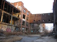 Abandoned warehouse in greenpoint, brooklyn