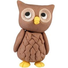 Who, who can make this adorable barn owl topper? You! It's easy using The Wilton Method of 3-D Character Modeling online instructions. And, he's great to top cakes and treats for birthdays and graduation celebrations.