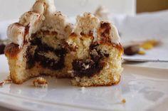 Cupcakes de vainilla rellenos de chocolate con buttercream de castañas - Cakes a medida