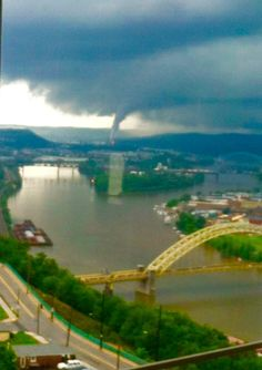 Bridge Over Troubled Waters Pittsburgh Skyline, Pittsburgh Pa, Severe Weather, Extreme Weather, Strange Weather, Skier, Riders On The Storm, Natural Disasters, Natural Wonders
