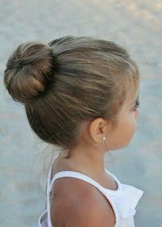 ballerina hair bun, on the head of a small brunette child, cute hairstyles, wear. ballerina hair b Cute Hairstyles Updos, Cute Little Girl Hairstyles, Flower Girl Hairstyles, Short Hairstyles, Teenage Hairstyles, Gorgeous Hairstyles, Girl Haircuts, Hairstyle Ideas, Child Hairstyles