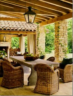 love the wicker chairs