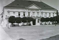 1912. Sándor palota. Budapest, Hungary, Tao, The Past