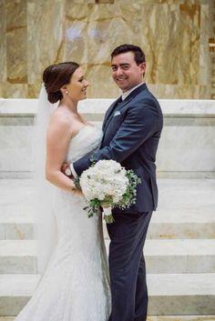 Wedding day | bride and groom portraits | white bouquet | Cleveland, Ohio Wedding Photographers