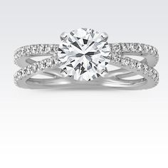 This engagement ring is simple, elegant and oh so sparkly! #ShaneCo #ShaneCoSparkle