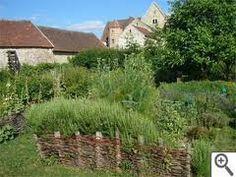 Au nord de la Seine et Marne, jardin médiéval de Coulommiers
