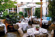 Ralph Lauren's Restaurant in Paris – Glamorous Luxury Passion Metal Garden Table, Century Hotel, Terrace Restaurant, Timber Ceiling, Outdoor Dining, Outdoor Decor, Paris Restaurants, Outdoor Gardens, Ralph Lauren
