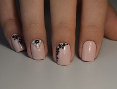 Beautiful nails 2017, Beige and black nail designs, Beige nails with black pattern, Calm nails design, Evening nails, Evening short nails, Exquisite nails, Fall nail ideas