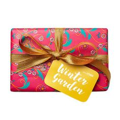 Winter Garden Wrapped Gift LUSH Christmas 2017 includes Rose Jam Shower Gel, Charity Pot Body Lotion and Saucy Snowcake Soap Lush Christmas, Christmas 2017, Holiday Gift Guide, Holiday Gifts, Unique Gifts, Best Gifts, Handmade Gifts, Lush Fresh, Handmade Cosmetics