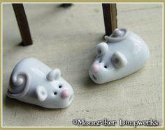 Little Mouse Lampwork Bead Lampwork Animal by JewelryBeadsByKatie