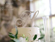 Letter Cake Topper i