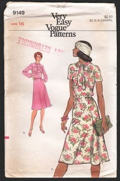 1970s Vogue Dress Pattern Short or Long Sleeve Tie Neck A Line Dress Sewing  Pattern Vogue 7c1f1c9bd