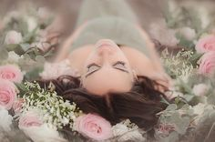 Enchanting Spring Maternity Shoot