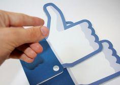 Comprare i mi piace su Facebook, è giusto o sbagliato? Per capirlo ci aiuta Massimo Sarandrea, esperto social.