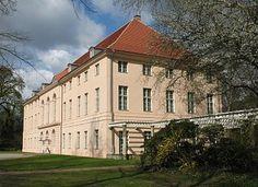 Schonhausen Palace (Schloss Schonhausen)