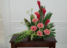 Styled Funeral Tribute   Sunstrum's Florist   Niagara Falls Flowers – Sunstrum's Florist