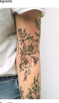 Beautiful Sunflower Tattoos for Women tattoo designs 2019 - Tattoo designs - Dessins de tatouage Tattoo Girls, Small Girl Tattoos, Pretty Tattoos For Girls, Girl Tattoo Sleeves, Sleave Tattoos For Women, Nature Tattoo Sleeve Women, Dainty Tattoos For Women, Body Art Tattoos, New Tattoos
