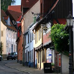 Colourful little street - Flensburg, Schleswig-Holstein Great Places, Places Ive Been, Beautiful Places, Travel Around The World, Around The Worlds, Pictures Of Germany, Europe, Germany Travel, Far Away
