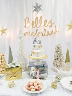 Throw a Winter Wonderland Party like this one! See all of the beautiful details on www.prettymyparty.com.