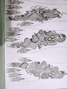 Round Mehndi Design, Peacock Mehndi Designs, Mehndi Designs Book, Mehndi Designs 2018, Modern Mehndi Designs, Mehndi Designs For Girls, Mehndi Design Pictures, Bridal Henna Designs, Rajasthani Mehndi Designs