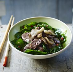 Beef stir-fry with Oyster Sauce is perfect for a mid-week supper. Ching-He Huang Sauce Recipes, Beef Recipes, Cooking Recipes, Healthy Recipes, Thai Cooking, Asian Cooking, Healthy Meals, Yummy Recipes, Recipes