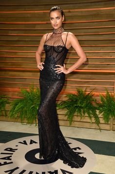 Irina Shayk Photos - Model Irina Shayk attends the 2014 Vanity Fair Oscar Party hosted by Graydon Carter on March 2014 in West Hollywood, California. - Stars at the Vanity Fair Oscar Party 57 Awesome Oscars After-Party Dresses The Stars Partied In Last Ni Glamour, Look Fashion, Fashion Models, Fashion 2014, Party Fashion, Irina Shayk Photos, Vetement Fashion, Vanity Fair Oscar Party, Russian Models