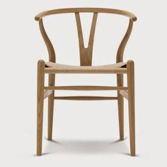 Wegner - Y-tuoli / / The Wishbone Chair This was the first of Wegner's chairs for Carl Hansen & Son. Danish Chair, Danish Furniture, Smart Furniture, Furniture Chairs, Plywood Furniture, Contemporary Furniture, Furniture Design, Hans Wegner, Alvar Aalto