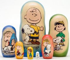 Peanuts Gang 7 Piece Russian Wood Nesting Doll