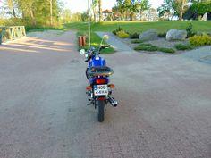 MAM DO SPRZEDANIA MOTOCYKL SUZUKI EN-125. Rok produkcji 2007.Motocykl bardzo zadbany.stan techniczny i wizualny bardzo dobry. Ma tylko około 14 tys przebiegu, SILNIK PRACUJE JAK NOWY. MOGE DODAĆ KUFER I DWA KASKI.CENA DO NIEWIELKIEJ NEGOCJACJI WIĘCEJ POD NR TEL.798059228