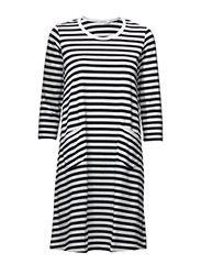 TIIA - WHITE, BLACK Marimekko, Outfit Ideas, Outfits, Tops, Women, Style, Fashion, Tall Clothing, Moda