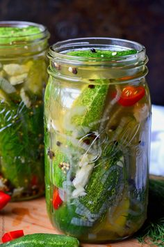 in my canning book: garlic jalapenos dill refrigerator pickles Kirby Cucumber, Pickled Garlic, Pickled Radishes, Pickled Eggs, How To Make Pickles, Canning Pickles, Refrigerator Pickles, Homemade Pickles, Summer Snacks