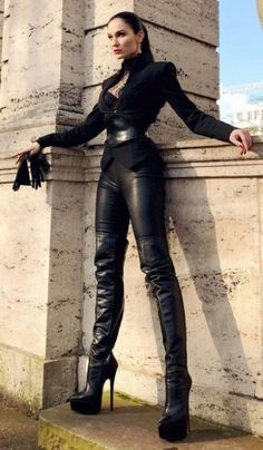Hot High Heels, Sexy Heels, Thigh High Boots, High Heel Boots, Leather Fashion, Fashion Boots, Emo Fashion, Gothic Fashion, Sexy Stiefel