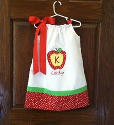 Adorable apple dress for the first day of school!