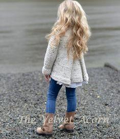 Baby Knitting Patterns, Knitting For Kids, Velvet Acorn, Baby Sweaters, Knit Crochet, Crochet Crafts, Knitwear, Kids Outfits, Kids Fashion