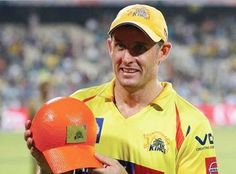 Chennai Super Kings have bought Michael Hussey for 1.5 crore INR in IPL auction. CSK also purchased all-rounder Irfan Pathan for Indian Premier League 2015.