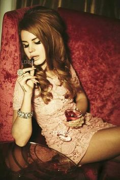 Lana Del Rey- Vintage Glamour reference- Love the overall aesthetic of this photo