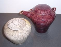 Urn with lid and teapot. Raku teknique  Made by Lena Hautoniemi
