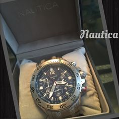 Nautica Mens chrono watch 🎉🎉🔥🔥🎉🎉 Blue dial stainless steel .. Great condition .. Some scratches on latch as shown in picture.. Added links included ...N19509G🔥🔥🔥 Nautica Accessories Watches