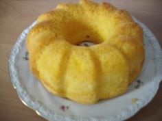 Das perfekte Puddingkuchen mit Eier und ÖL-Rezept mit Bild und einfacher Schritt-für-Schritt-Anleitung: Eier,Öl und Zucker kräftig schlagen,dann das…