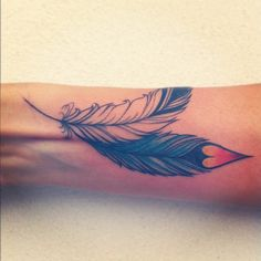 #Feathers I generally don't like feather tattoos but the artists are getting quite good. These are lovely