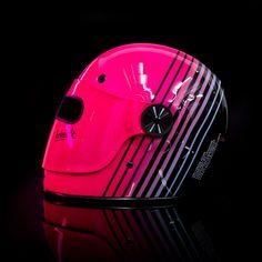 #helmade #bell #bullitt #neon #noir #magenta #pink #turquoise #bladerunner #ghostintheshell #cyberpunk #helmet #helmetdesign #star #xf #gp #fullthrottle #ghostintheshell Design your own helmet on www.helmade.com Custom Helmets, Custom Bikes, Racing Helmets, Football Helmets, Neon Noir, Helmet Paint, Helmet Design, Ghost In The Shell, Riding Gear