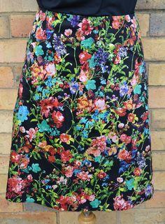 Night Blossom stretch cotton pocket skirt / Berserk