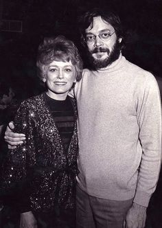 Rue McClannahan & Raul Julia - The Official Rue McClanahan Memorial Page - Estate of Rue Raul Julia, Blanche Devereaux, Rue Mcclanahan, Maggie Smith, Golden Girls, Male Fashion, Hulk, Movies And Tv Shows, Masters
